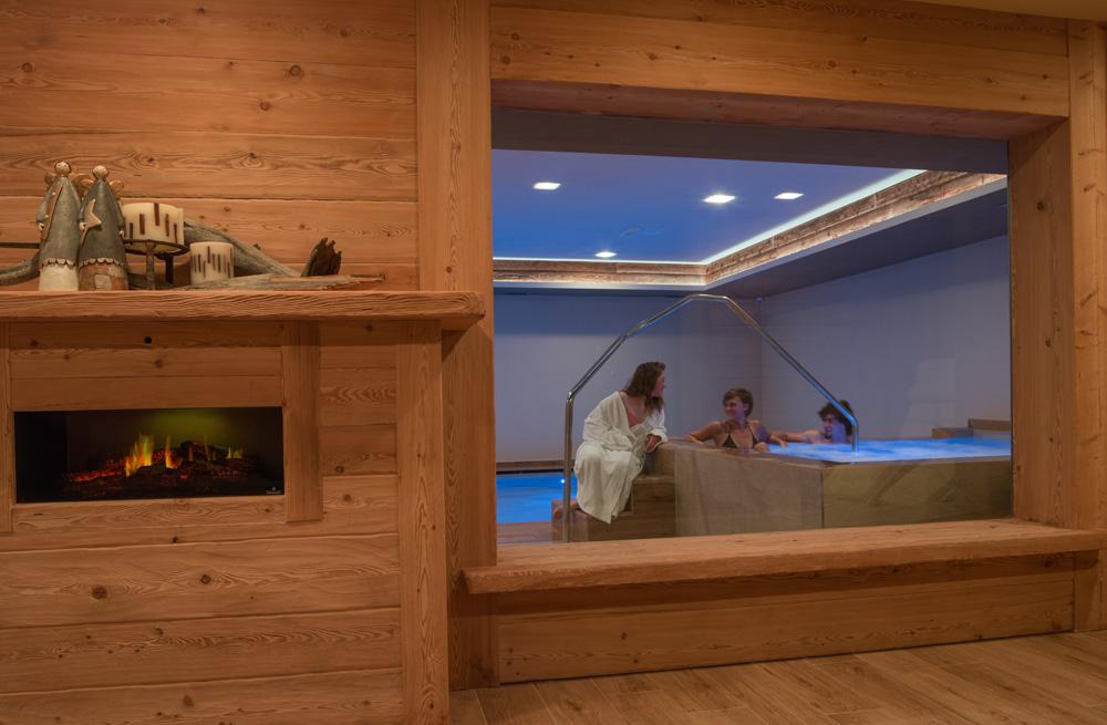 Hotel amerikan livigno ski wellness mtb sport - Livigno hotel con piscina ...